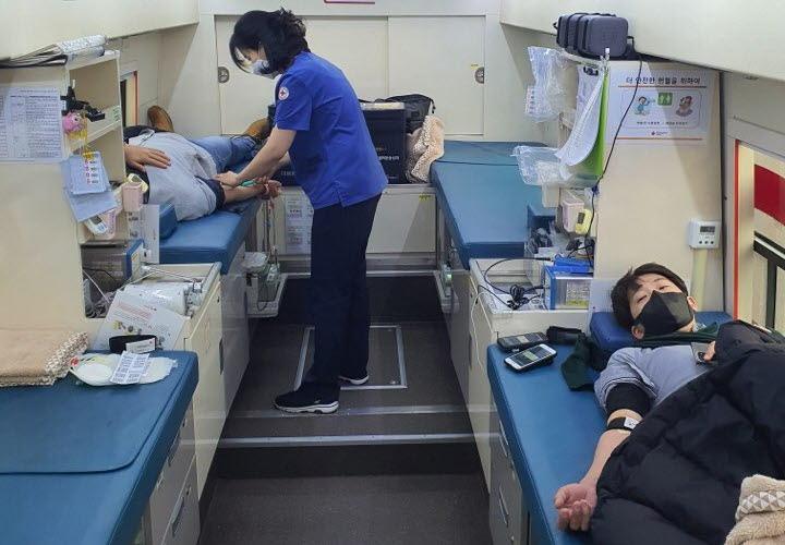 20210111_인천 로봇기업人 헌혈1.jpg