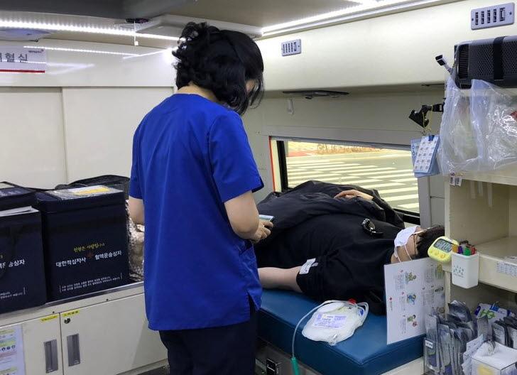 20210111_인천 로봇기업人 헌혈3.jpg